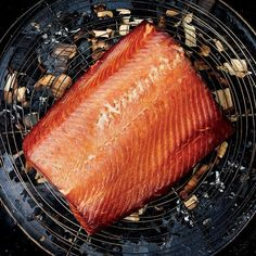 Hot-Smoked Salmon with Tarragon Crème Fraîche Summer Salmon Recipe, Salmon Recipes, Seafood Recipes, Salmon Seasoning, Salmon Fillets, Cooking Salmon, Green Eggs, Creme Fraiche, Smoked Salmon
