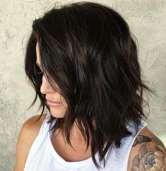 Choppy Brunette Lob, would this look good on straight hair Medium Length Layered Hair, Mid Length Hair, Medium Hair Cuts, Shoulder Length Hair, Medium Hair Styles, Short Hair Styles, Choppy Lob, Choppy Haircuts, Clavicut