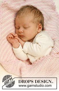 """Gebreide DROPS deken in ribbelst met strepen van """"Baby Merino"""" – wordt van hoek naar hoek gebreid. ~ DROPS Design Doily Patterns, Baby Patterns, Knitting Patterns Free, Baby Knitting, Free Knitting, Drops Design, Knitted Baby Blankets, Baby Blanket Crochet, Crochet Baby"""