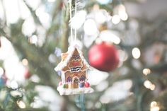 Download this free photo here www.picmelon.com #freestockphoto #freephoto #freebie /// Gingerbread Decoration | picmelon