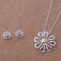 New-Daisy-Pendant-Necklace-and-Earrings-Set-925-Sterling-Silver-FAST-FREE-SHIP