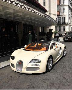 All Car Brands List and Photos New Luxury Cars, Luxury Sports Cars, Bugatti Cars, Bugatti Veyron, Sexy Cars, Hot Cars, Carros Premium, Super Sport Cars, Fancy Cars