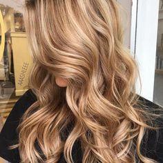Golden Blonde Hair, Honey Blonde Hair, Blonde Hair With Highlights, Carmel Blonde Hair, Carmel Hair Color, Copper Blonde, Ash Blonde, Carmel Brown Hair, Golden Hair Color