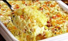 Budinca de orez – rumena si cu gust delicat de cascaval | Bucataria Noastra Mozzarella, Macaroni And Cheese, Rice, Ethnic Recipes, Creamy Rice, Hardboiled, Carrot, Salads, White Rice