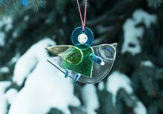 Angel with Bird, Special Price $6.00. http://catalog.obitel-minsk.com/catalogsearch/result/index/?cat=77&q=angel  #CatalogOfGoodDeeds #CatalogOfStElisabethConvent #handmade #Christmas #present #gift  #angel #souvenir #love #home #happy #orthodoxculture #religion #faith #Christian #Christianity #glass