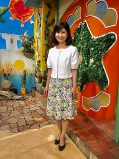 松井愛|今週の衣装|せやねん!|MBS毎日放送 Waist Skirt, High Waisted Skirt, Sequin Skirt, Sequins, Skirts, Fashion, Moda, High Waist Skirt, Skirt