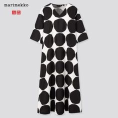 Collaboration with marimekko, the finnish design house renowned for its original bold prints and vibrant colors. Marimekko - art of printmaking since Style your summer with a variety of shapes. Enjoy the comfortable fabrics of breathable blended lin Black Linen Pants, Linen Pants Women, Pants For Women, Marimekko Dress, Queen Size Sheets, Uniqlo Tops, Design Textile, Combo Dress, V Neck Dress