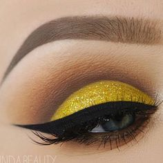 How much do you love makeup ? 👅 #makeup #like4like #makeupgeek #glam #followtrain #nyxcosmetics #anastasiabeverlyhills #morphebrushes #kyliejenner #makeupshayla #faceglam #skincare #health #girlsecrets #highlight #glow #highlight #fashion #followme #brow #collaboration #followforfollow