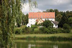 Geras Schüttkasten Kunst und Kultur Seminarhotel Chor, Mountains, Nature, Travel, Gera, Art, Woodland Forest, Culture, Voyage