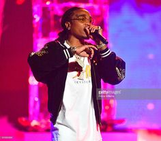 Quavo of the Group Migos performs at the BET Hip Hop Awards 2016 at Cobb Energy Performing Arts Center on September 2016 in Atlanta, Georgia Migos Quavo, Trap Rap, Bet Hip Hop Awards, Boy Celebrities, Music Icon, Baby Daddy, Man Crush, People Like, Music Artists