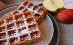 Apfel-Zimt-Waffeln - Backen mit Christina Waffles, Sweets, Cooking, Breakfast, Desserts, Grob, Apple Cinnamon Cake, Cookies, Kitchen