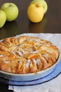 RICETTA TORTA DI MELE AL CUCCHIAIO torta morbida senza bilancia Apple Desserts, Fall Desserts, Apple Recipes, Just Desserts, Sweet Recipes, Cake Recipes, Dessert Recipes, Italian Dishes, Italian Recipes