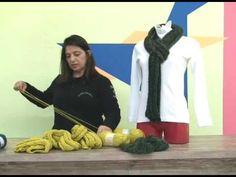 cachecol em trico multidirecional com cisne jackard executado por Cristina Amaduro