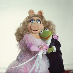 Kermit the Frog and Miss Piggy break up just in time for new 'Muppets' series