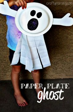 Paper Plate Ghost Craft (Fun Halloween craft for kids!) | CraftyMorning.com #halloween #kidscraft #preschool