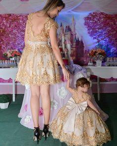 Lindas Maryá e sua mãe @raruminha vestem Cecilia Cavalcante!!! Vestidos personalizados e sob medida!!! Enviamos para todo Brasil e exterior!!! Contato somente pelo tel ou whatsapp (84)98703-8006