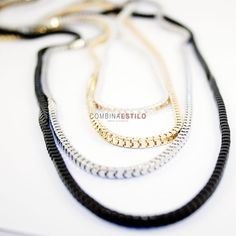 Collar cadenas con varios colores: dorado, negro y plateado, importe: 10 €