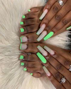 Acrylic Toe Nails, Long Square Acrylic Nails, Drip Nails, Summer Acrylic Nails, Acrylic Nails Green, Green Toe Nails, Coco Nails, Urban Nails, Exotic Nails