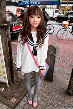 super cute ... | 11 June 2011 | #Fashion #Harajuku (原宿) #Shibuya (渋谷) #Tokyo (東京) #Japan (日本)