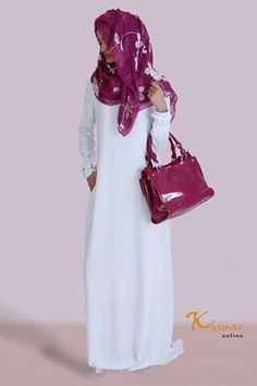 Love the color combination Can I pull off a white abaya? Modest or....?