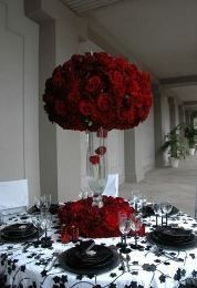 red reception wedding flowers, wedding decor, red wedding flower centerpiece, red wedding flower arrangement, add pic source on comment and we will update it. Red Wedding, Wedding Table, Wedding Colors, Wedding Day, Wedding Reception, Wedding Themes Red, Wedding Flowers, Reception Decorations, Wedding Centerpieces