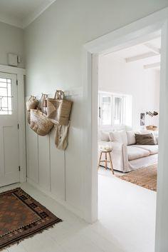 At my place: audrey fitzjohn's bungalow в 2019 г. Bungalow Living Rooms, Bungalow Decor, Bungalow Interiors, Bungalow Renovation, Bungalow Homes, Modern Bungalow, Cottage Interiors, Bungalow Hallway Ideas, Bungalow Ideas