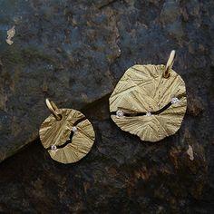 [Cliff : 003] Pendant- K18YG/Diamond(left) K18YG/Diamond(right)