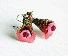 Rosa flor pendientes pendientes de Bohemia por MarianneMerceria