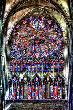 Vitrail. Cathédrale d'Amiens