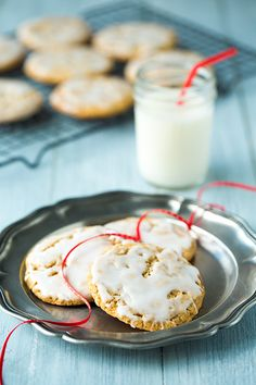 Old Fashioned Iced Oatmeal CookiesReally nice recipes. Every #hashtag