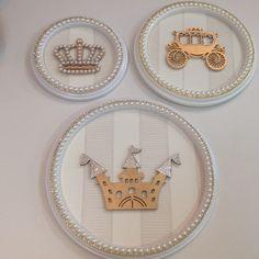 Para decorar com charme o quarto da sua Princesinha... Quadros Princess…