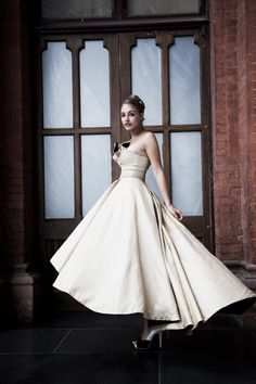 Zipora bridal gown from an eco-friendly company tammam.co.uk