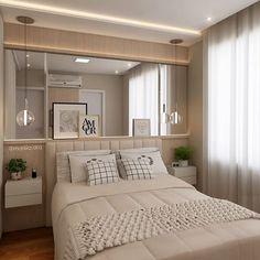 Quarto do casal | Sobre a base clean, clara e serena o ar contemporâneo é garantido pelo mix de almofadas, o grande espelho e, por fim, as delicadas luminárias pendentes. 😍