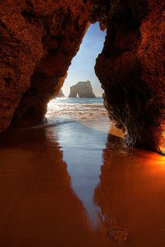 Algarve's wonders are peeking . .. #algarve #portugal • EXTEND YOUR LIFE > http://www.foreverhealthywater.com/
