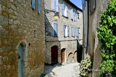 FQC01 - Ruelle de Forcalquier - Alpes de Haute Provence 04