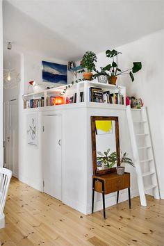 praktische einrichtung ideen f r kleine r ume wei schrank leiter hochbett wohnideen. Black Bedroom Furniture Sets. Home Design Ideas