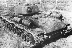 Heavy tank KV-1  / Czołg ciężki KW-1