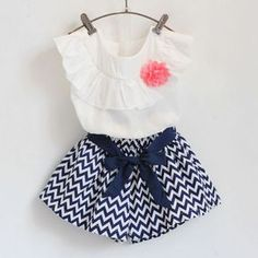 image Baby Girl Party Dresses, Little Girl Dresses, Baby Dress, Girls Dresses, Little Girl Closet, London Outfit, Frock Design, My Baby Girl, Kind Mode