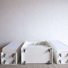 Create room for yourself and your creativity. cuarto videos Get the DreamBox Prebuilt! Sewing Room Design, Craft Room Design, Home Room Design, Craft Storage Cabinets, Craft Room Storage, Cedar Furniture, Home Decor Furniture, Furniture Ideas, Furniture Design
