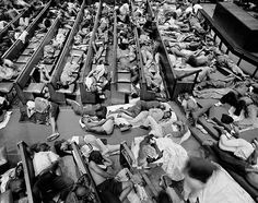 David Goldblatt: Refugees from Zimbabwe given shelter in the Central Methodist Church, 2009