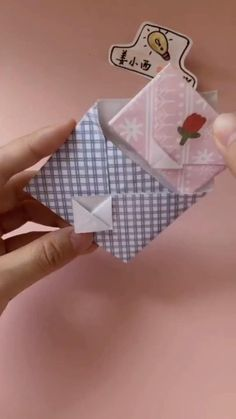 Diy Crafts Hacks, Diy Crafts For Gifts, Diy Home Crafts, Creative Crafts, Diy Projects, Decor Crafts, Handmade Crafts, Cool Paper Crafts, Paper Crafts Origami