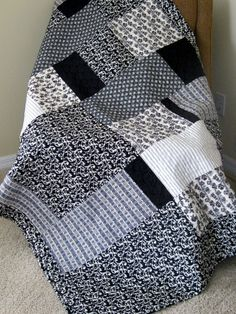 black and white. #quilt #patchwork this is what I need to do with my black and white fabric stash