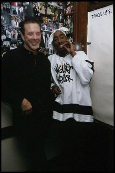 2Pac and Mikey Rourke hung out a ton it would appear. Would have been great to be at that table www.mymainmanpat.com #2pac #Tupac #TupacShakur #MikeyRourke #Rourke #TalentedArtistsRightHere #MMMP