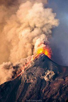 Volcán de Fuego. Guatemala
