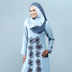 Busana keluaran butik fesyen kontemporari Muslimah, Aqar Couture lebih kepada haute couture iaitu busana anggun secara tempahan khas bagi mengekalkan gaya eksklusif rekaan.