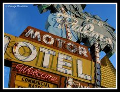 The Palms Motor Hotel - Portland, Oregon by Vintage Roadside, via Flickr