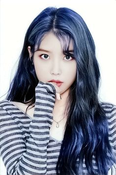 Korean Beauty, Asian Beauty, Iu Twitter, Iu Hair, Beauty Tips For Women, My Hairstyle, Korean Actresses, Girl Wallpaper, Face Shapes