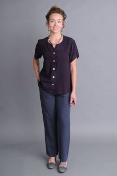 Stovepipe Fitted Pants By Sympatico Clothing. Produced using A Blend Of Hemp And Tencel In The Usa. Travel Clothes Women, Travel Clothing, Ethical Clothing, Sustainable Clothing, Slow Fashion, Fall Fashion, Workout Pants, Normcore, Hemp