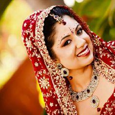 Latest Stylish Pakistani Bridal Dresses and Bridal Wear. #pakistanibridal, #pakistanibridaldresses, #weddingdresses, #weddingfashion, #bridaldresses