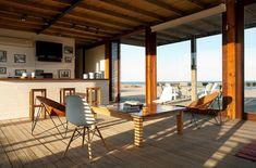 Modern beach house by Argentinian architect Martin Gomez Arquitectos